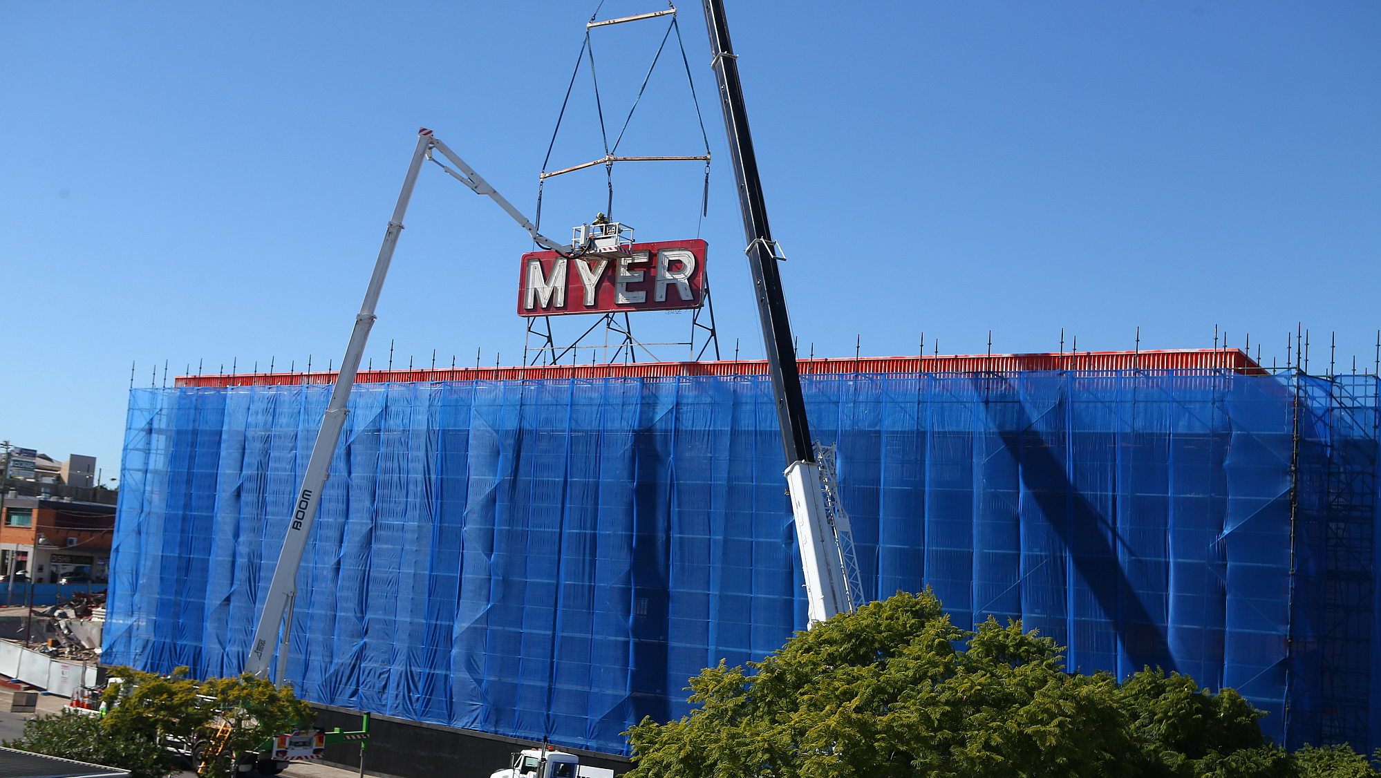 Coorparoo Square Myer Sign
