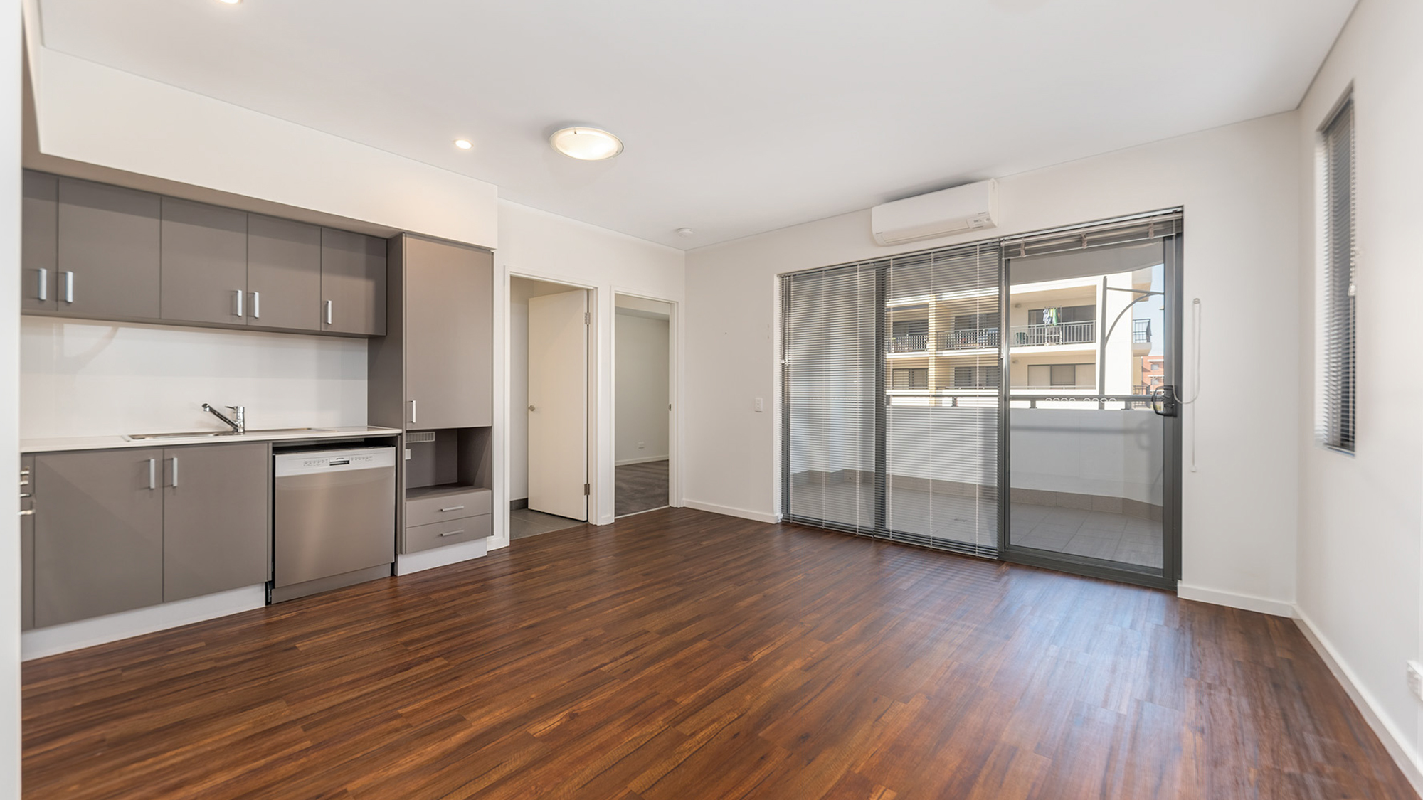 Cockburn Living - Vicinity Apt 8